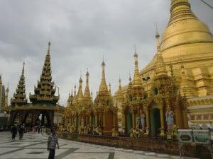 Pagoda Schwedagon v Yangonu